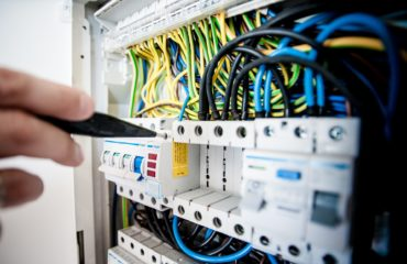 commercial electrical services settle